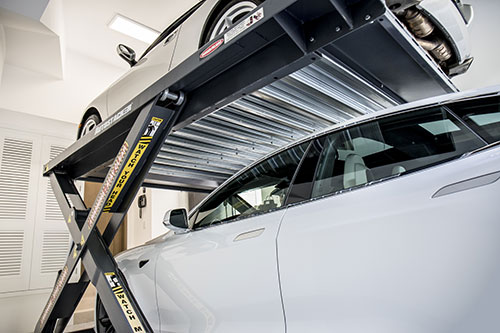 Automatic safety locks make Autostacker a safe parking lift